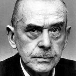 Photo of author Thomas Mann