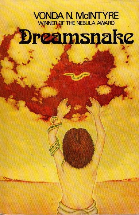 cover of Dreamsnake by Vonda N McIntyre