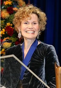 Judy Blume Accepts the 2005 Medal for Distinguished Contribution to American Letters
