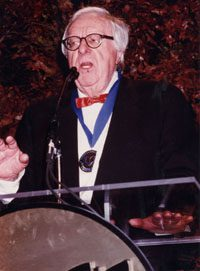 Ray Bradbury Accepts the 2000 Medal for Distinguished Contribution to American Letters