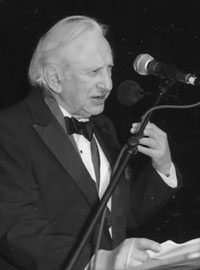 Studs Terkel Accepts the 1997 Medal for Distinguished Contribution to American Letters