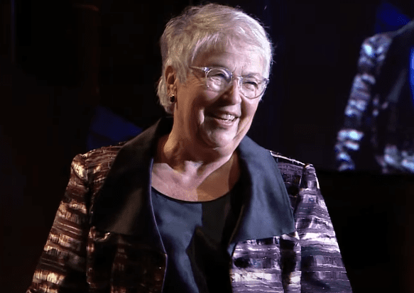 2015 NBA Literarian Award presented by Carmen Fariña